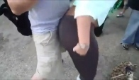 Hot chick booty grinding on nerdy white guy