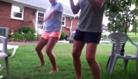 How to do the Wobble dance