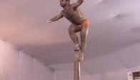 Pole dance indien