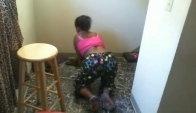 Tete grinding on the floor Ayeee